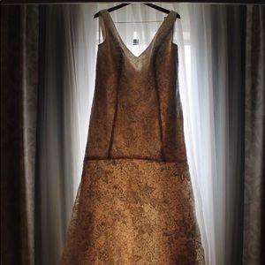 Oleg Cassini champagne wedding dress! 18/20